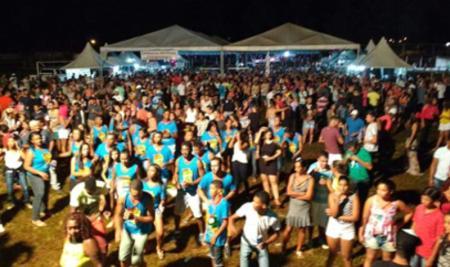 Prefeitura de Papagaios promoveu um dos melhores carnavais da região